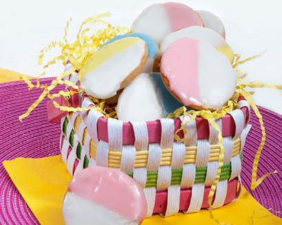 Pastel and White Cookies
