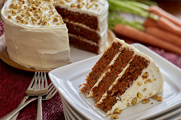 Golden Carrot Cake with Cream Cheese Frosting | Domino Sugar