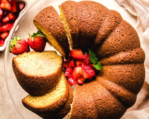 Brown Sugar Bundt Cake with Macerated Strawberries
